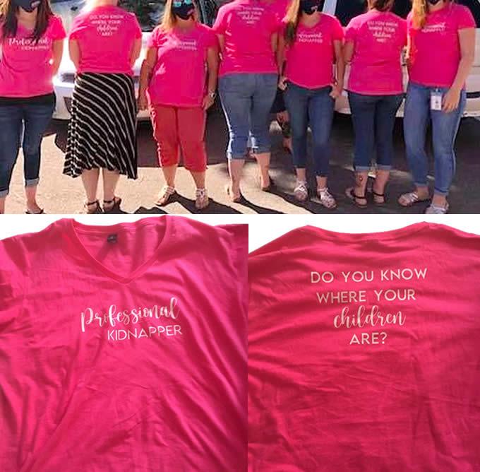 La Burocrazia Protegge Se Stessa T-Shirt